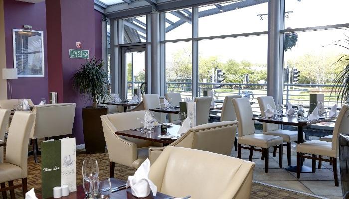 summerhill-hotel-dining-45-83536