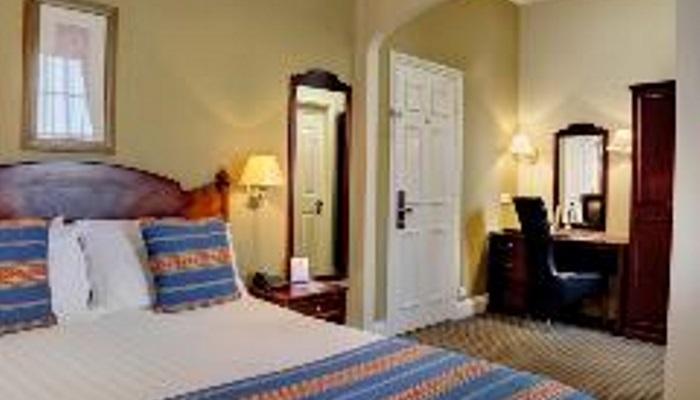 Room 9 c