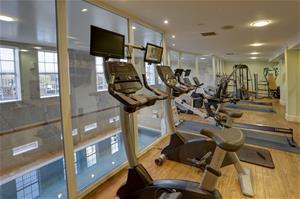 yew-lodge-hotel-leisure-47-83652