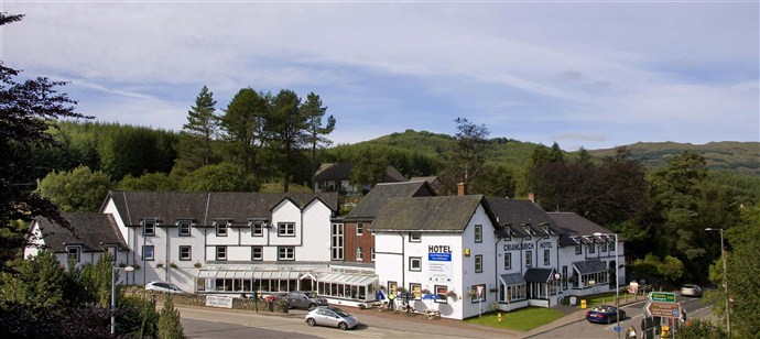 Hotel in Scotland_from viaduct_690x308 (1)