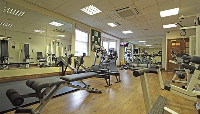 crown-hotel-gym_608x355