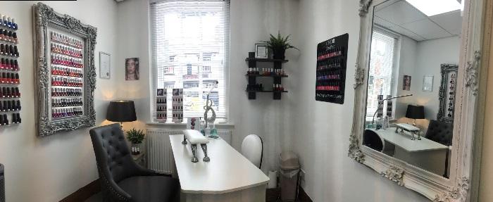 Nails & Beauty Reception Room 2021-08-04 12.53.23