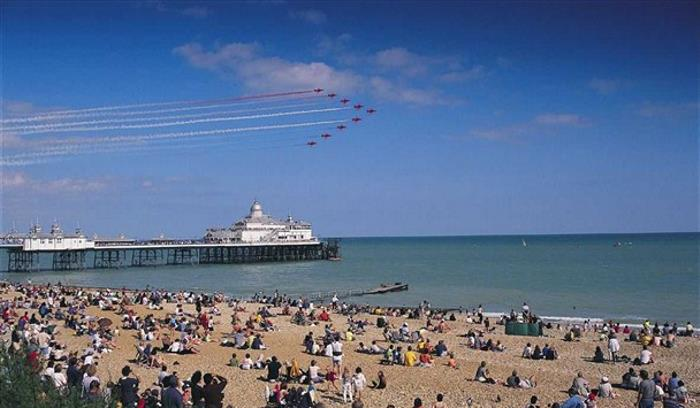 AIRBOURNE - EASTBOURNE_608x355