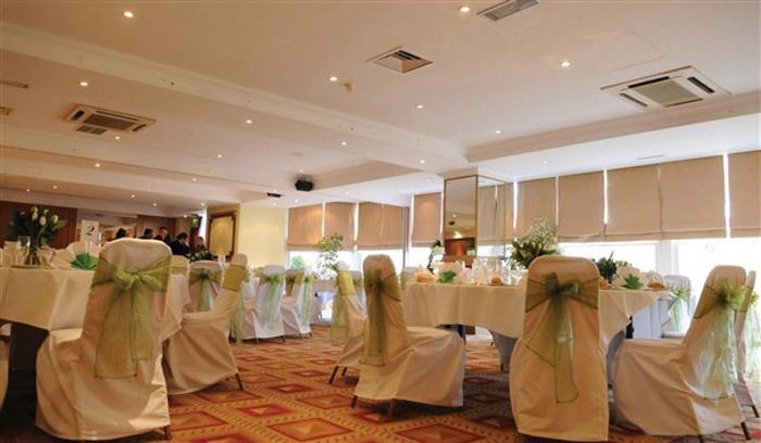 Wedding Room_608x355